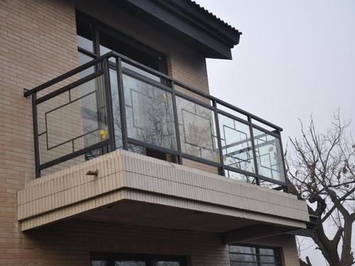 阳台栏杆如何刷漆以及注意事项